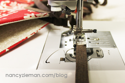 Nancy Zieman Hobo Tote Handle Upgrade 5