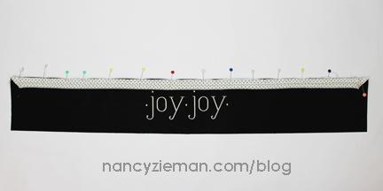 EmbroideryPillowWrap NancyZieman 25