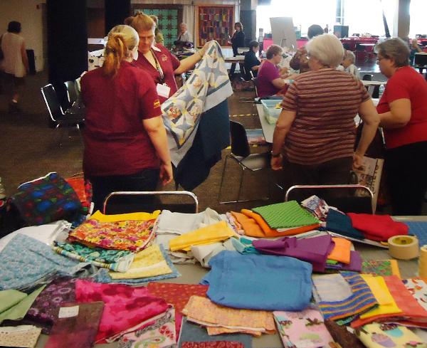 Group Sewing Nancy Zieman 1