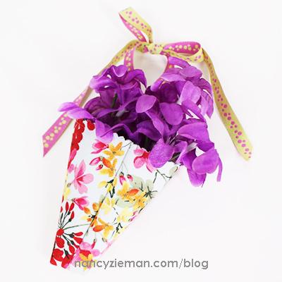 MaryMulari 5InchSquares Flowers