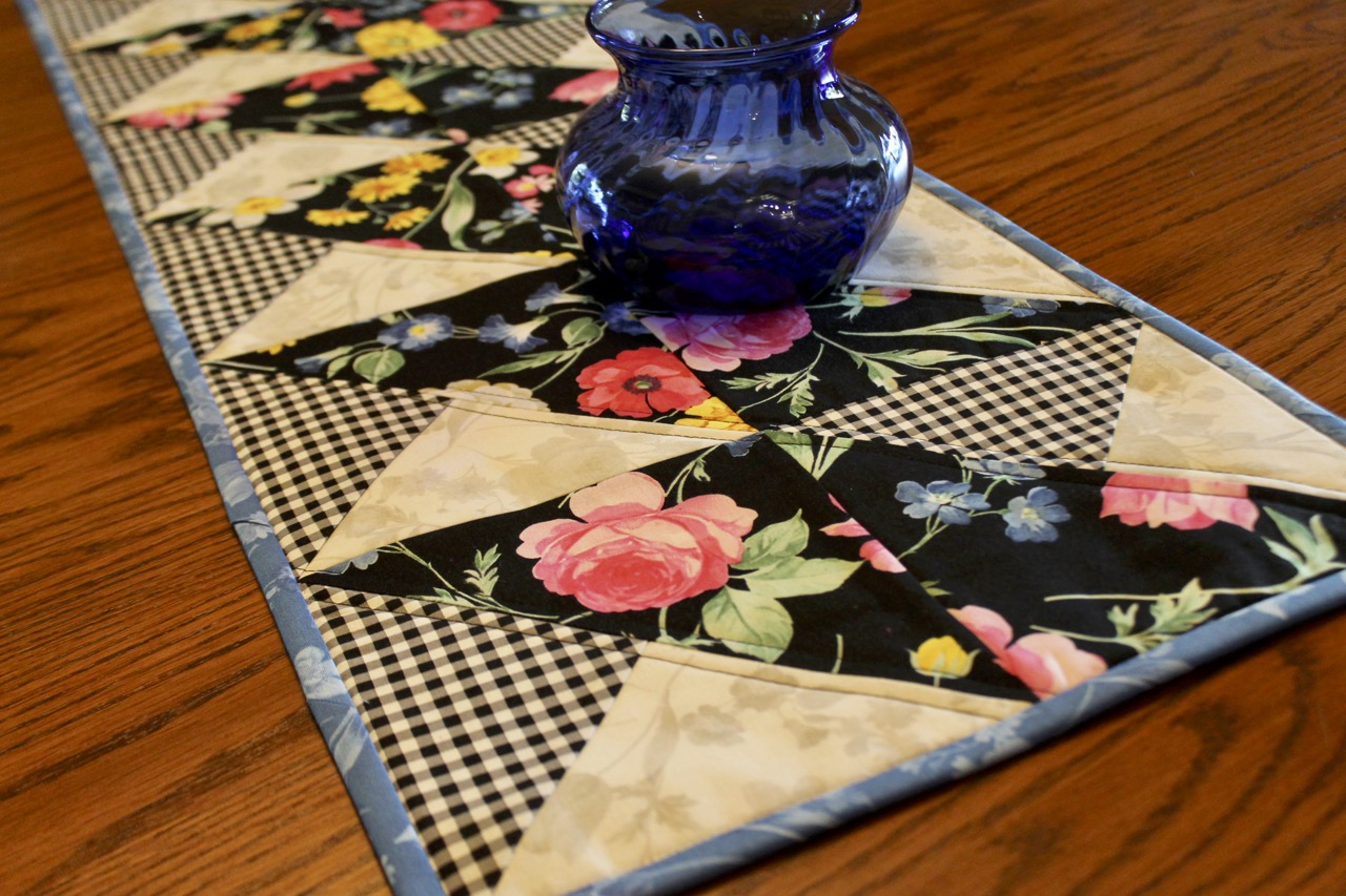 2019 Table Runner Sewing Challenge hosted by Nancy Zieman Productions