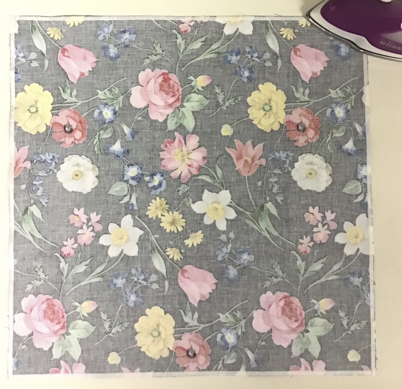 """Clover's 1/4"""" Fusible Tape"""