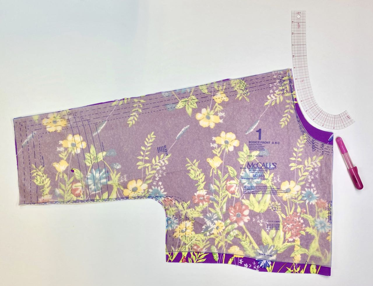 Sew a Quick Spring Dress and alter neckline with Clover's Curve Ruler Set