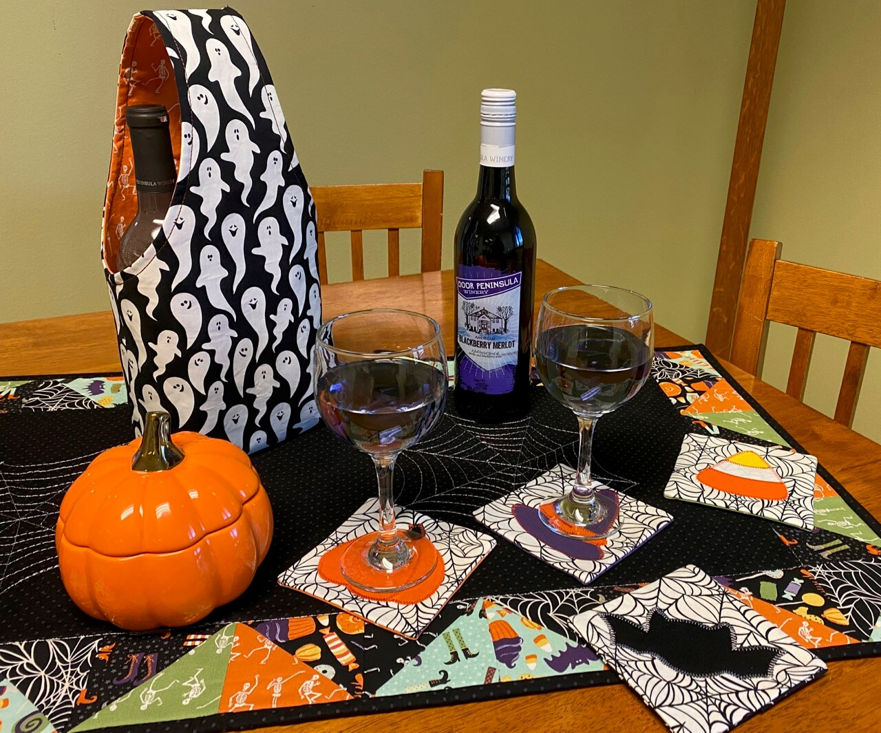How to Make a Wine Tote Sewing Tutorial on the Nancy Zieman Productions Blog IMG 4409