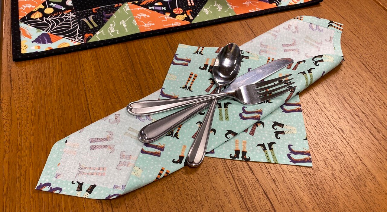 No Sew Napkins Sewing Tutorial at the Nancy Zieman Productions Blog
