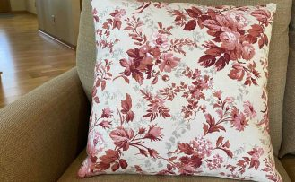 Two Seam Palette Pillow Sewing Tutorial at the Nancy Zieman Productions Blog