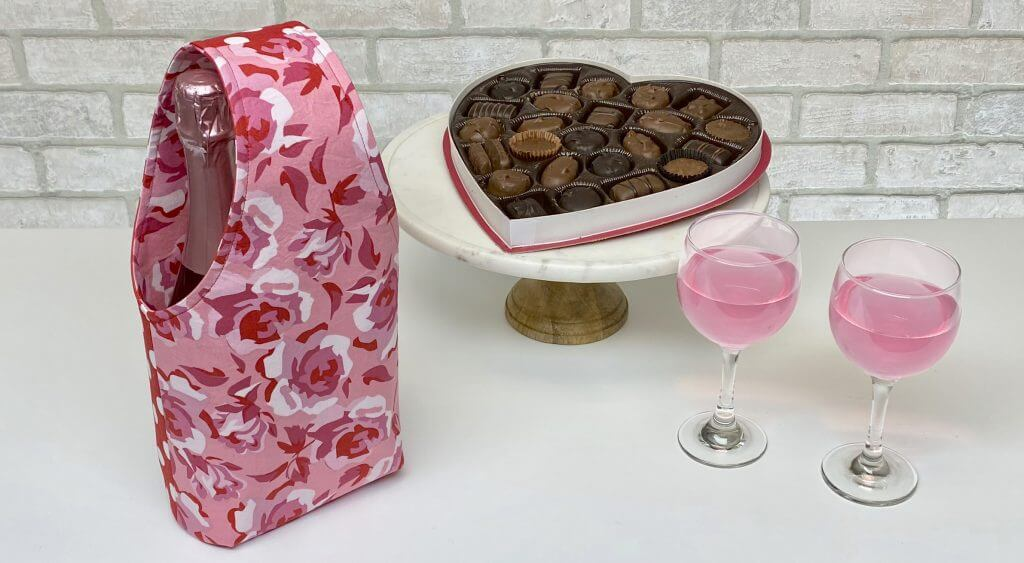Valentines Day Wine Tote Sewing Tutorial at the Nancy Zieman Productions Blog 1