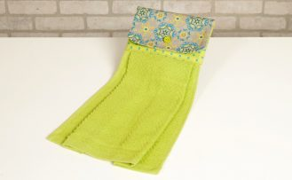No Hassle Towel Topper Sewing Tutorial at The Nancy Zieman Productions Blog Green