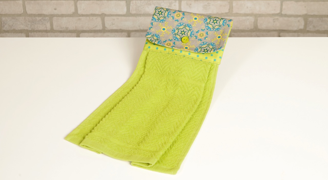 No-Hassle Kitchen Towel Topper Sewing Tutorial at the Nancy Zieman Productions Blog